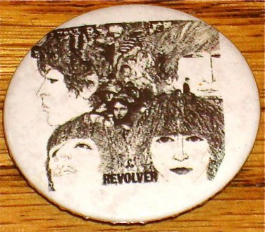 BEATLES REVOLVER BUTTON