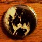 GENE SIMMONS  KISS BUTTON !
