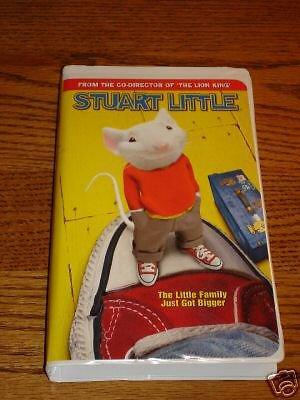 Stuart Little VHS  in Clam Shell Case
