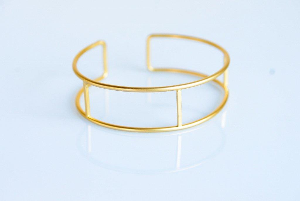 Gold Hoops Minimal Bracelet - Iris Bracelet - Hoop Bracelet - Gold Bracelet - Elegant Bracelet
