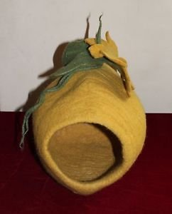 Felted Cat Cave Coccon Cat House Igloo For Small Cat Made in Nepal