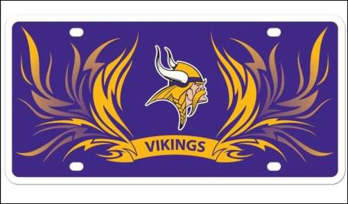 Minnesota Vikings Logo and Helmet Aluminum License Plate - SWEBMVLP4