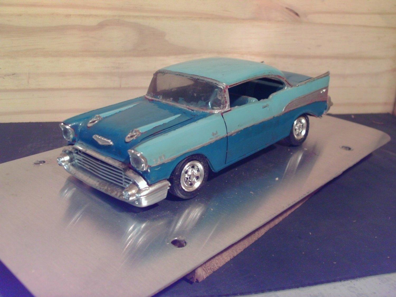 1957 Custom Chevrolet Bel-Air 1:25 Scale Model in 2-tone Blue
