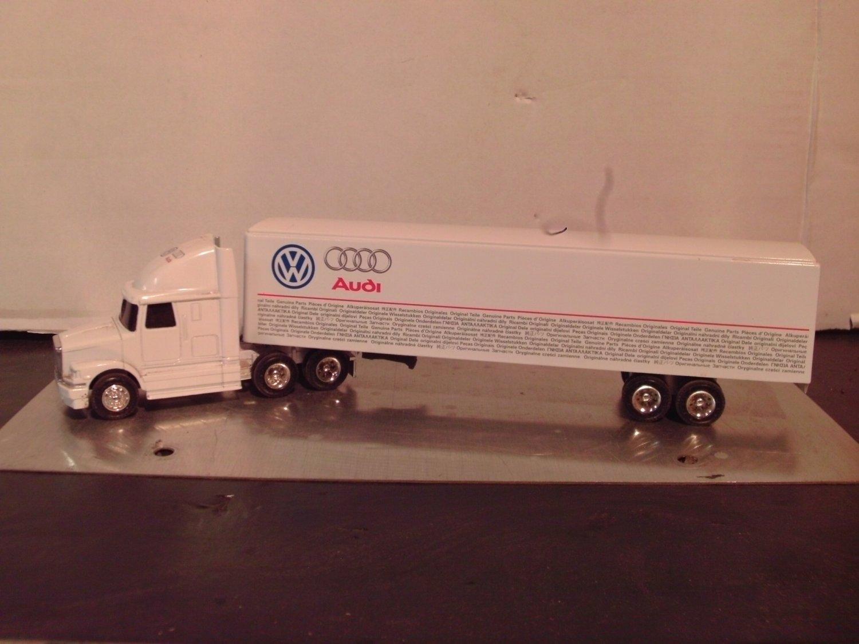 Ertl 1:64 White/GMC Volkswagen Genuine Parts Semi-Truck
