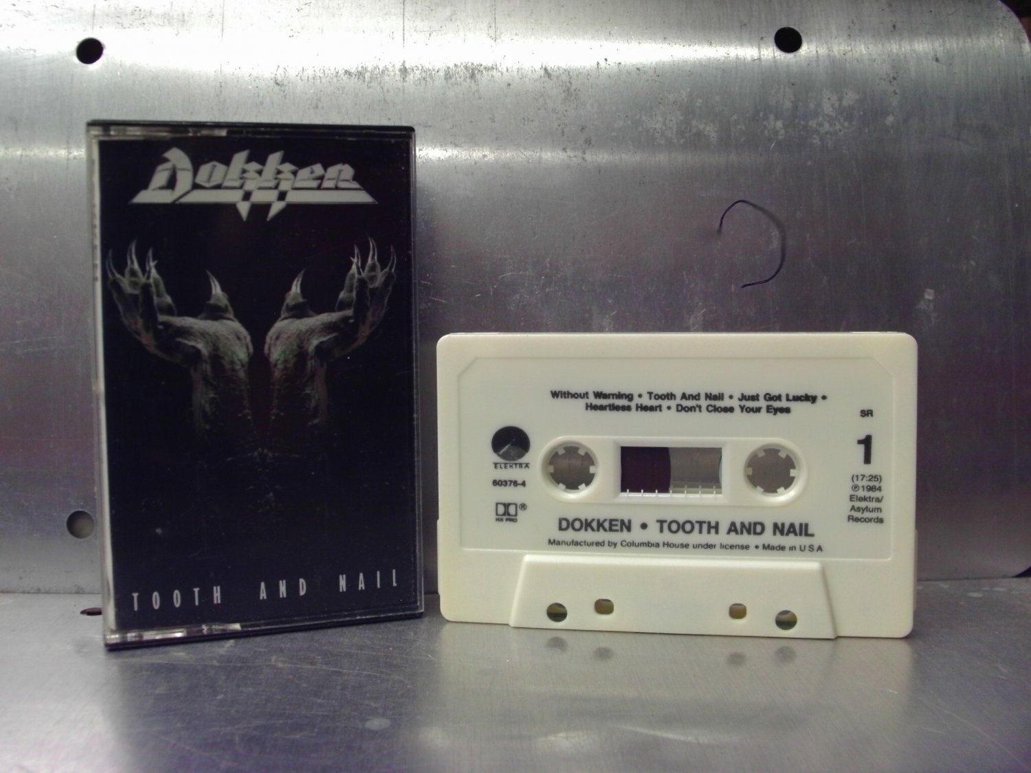 Dokken - Tooth And Nail Cassette Tape A1-79