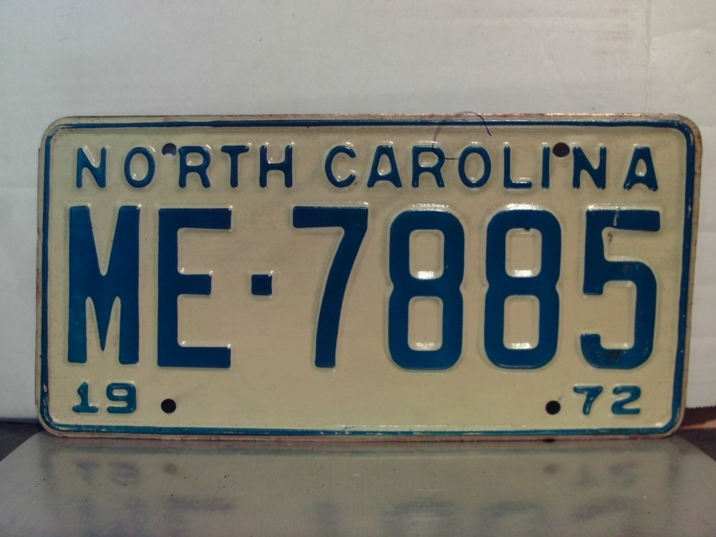 1972 North Carolina NC Passenger YOM License Plate ME-7885 Mint
