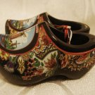 HOLLAND SOUVENIR Miniature Hand painted Wooden Shoes
