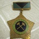 ORIGINAL SOVIET RUSSIAN USSR HONORARY MINER MEDAL BADGE