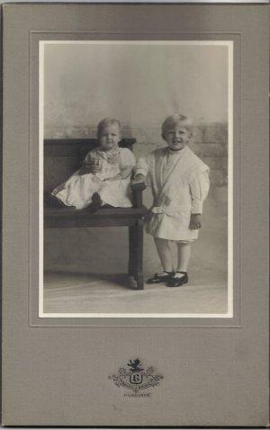 Vintage Children Cabinet Card Photo
