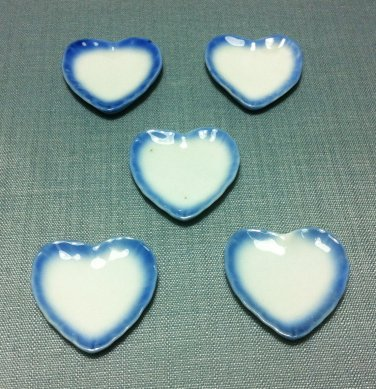 5 Plates Tiny Dishes Heart White Blue Ceramic Miniature Dollhouse Decoration Jewelry Hand Painted