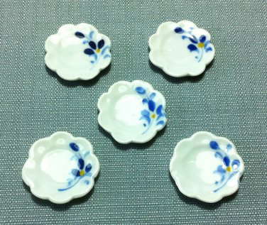 5 Plates Tiny Dishes Round White Flowers Ceramic Miniature Dollhouse Decoration Jewelry Hand Painted