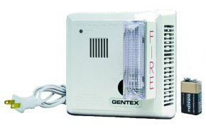 Gentex Smoke Detector w/Strobe (Plug-In W/Battery Backup) 7109LS