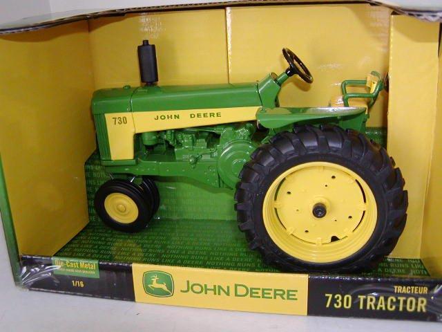 Ertl John Deere 730 Diecast Collectible Tractor 1:16