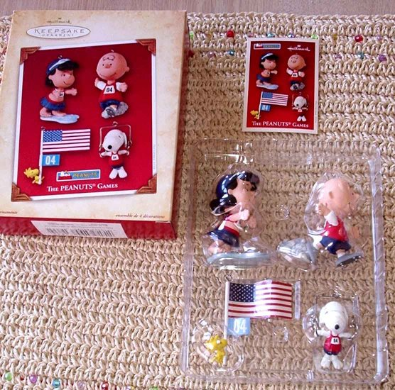 PEANUTS GAMES HALLMARK KEEPSAKE ORNAMENT COLLECTION NEW