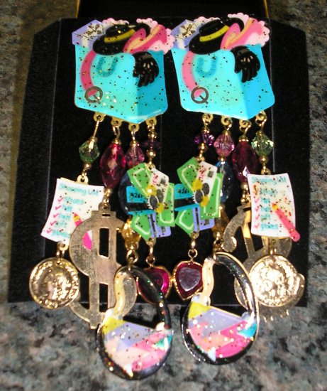 """Adorable """"I LOVE TO SHOP Clip-On Earrings BRAND NEW - similar to Puttin On The Ritz brand"""