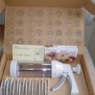 PAMPERED CHEF COOKIE/PASTRY PRESS - #1525 complete with ORIGINAL BOX!