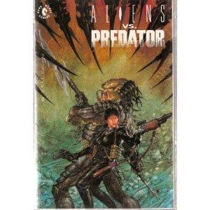 Aliens Vs. Predator #4 Comic Book Randy Stradley (Author), Color Illustrations (Illustrator)!