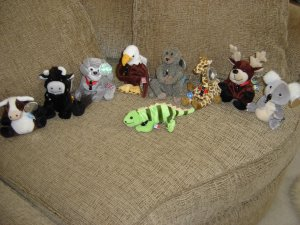 COCA COLA INTERNATIONAL BEAN BAG COLLECTION PLUSH TOYS - LOT OF 9 - INCLUDING 4 1st RELEASES - WOW!