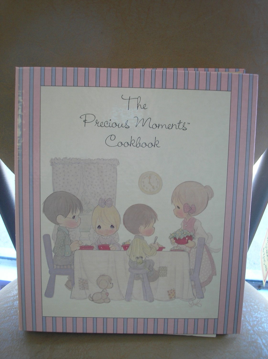 THE PRECIOUS MOMENTS COOKBOOK (Spiral-bound) from 1988; Foreword by Sam Butcher!