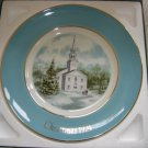 "AVON 1974 CHRISTMAS PLATE ""COUNTRY CHURCH""- IN ORIGINAL BOX!"