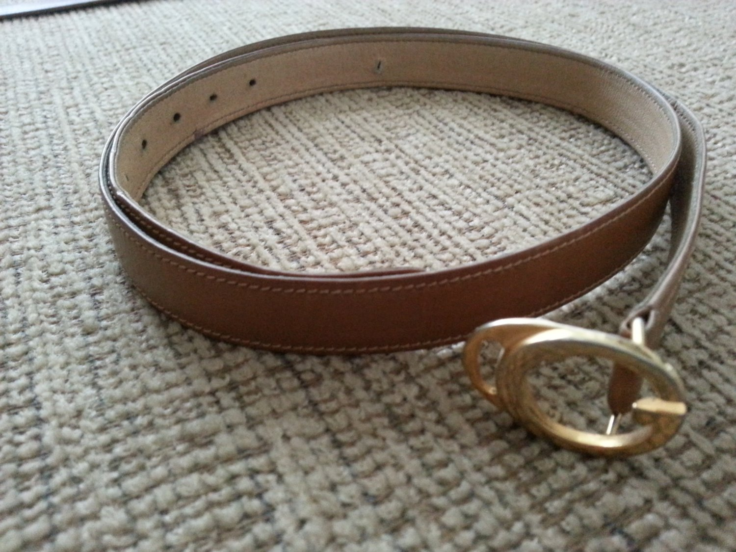b5ef430585e gucci womens light brown leather belt gold tone