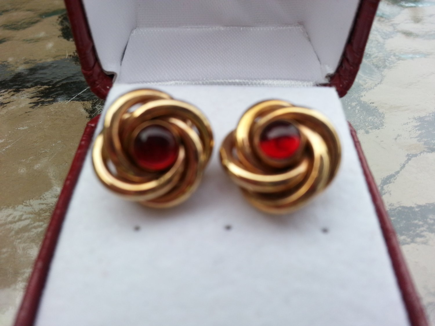 Vintage Gold Knot with Red Cabachon Stone Center Cufflinks!
