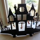 Hallmark Howl-oween House #QFO6389 with 4 Mickey Ornaments - 2007!