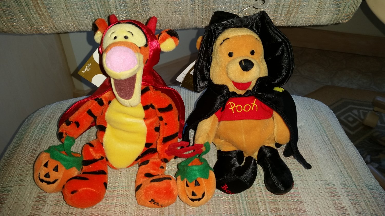 Ty Beanie Baby Disney Winnie the Pooh Halloween Plush -