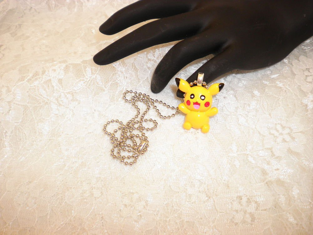 Pokemon Picachu Pendant Necklace