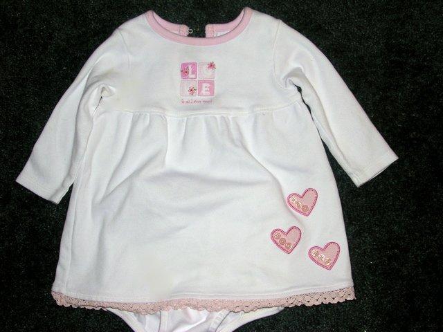 Carter's LOVE dress EUC 12 months