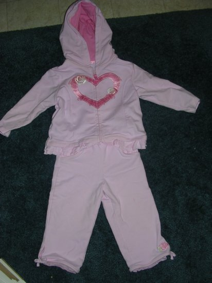 Carter's pink yoga set - like new 12 months