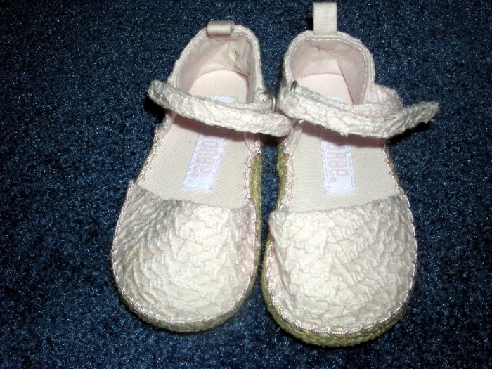 Gymboree Love is in the Air shoes sz 5