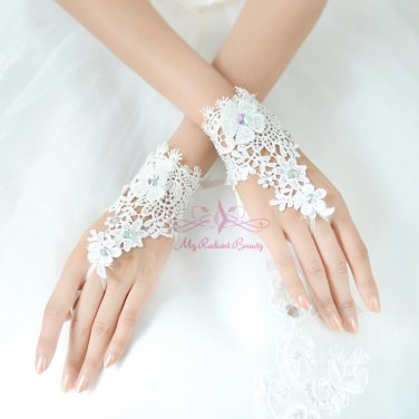 Beautiful White Lace Floral Short Bridal Gloves Wedding Fingerless Gloves BG0001