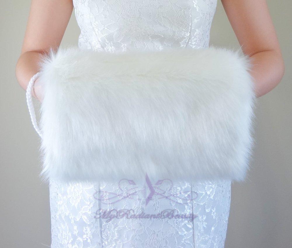 Bridal Ivory Faux Fur Hand Muff, Wedding Hand Warmer, Bridal Handmuff HM108-IVY