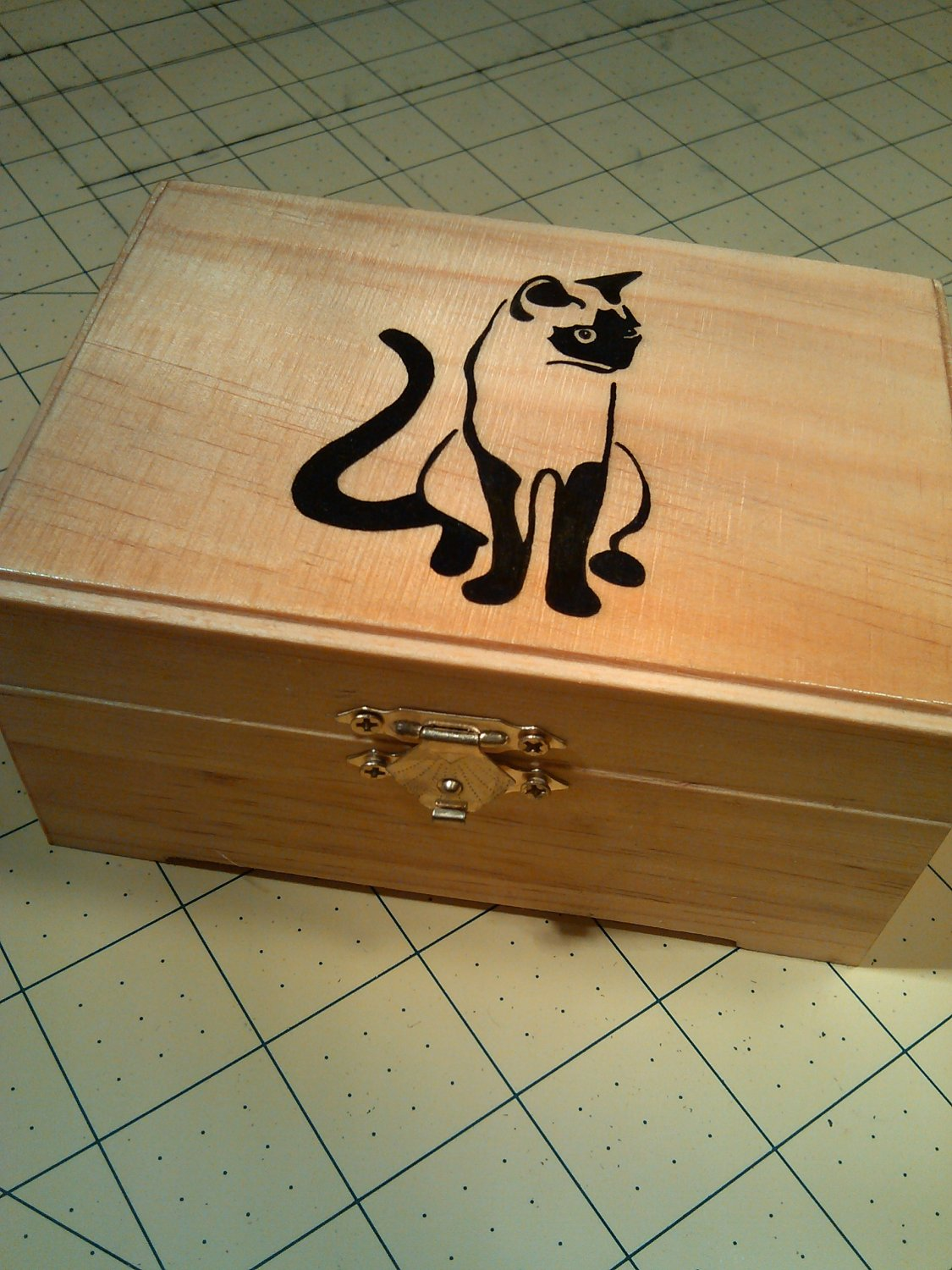 "rare hand made collectible "" Siamese cat "" trinket box, furniture, kitty"