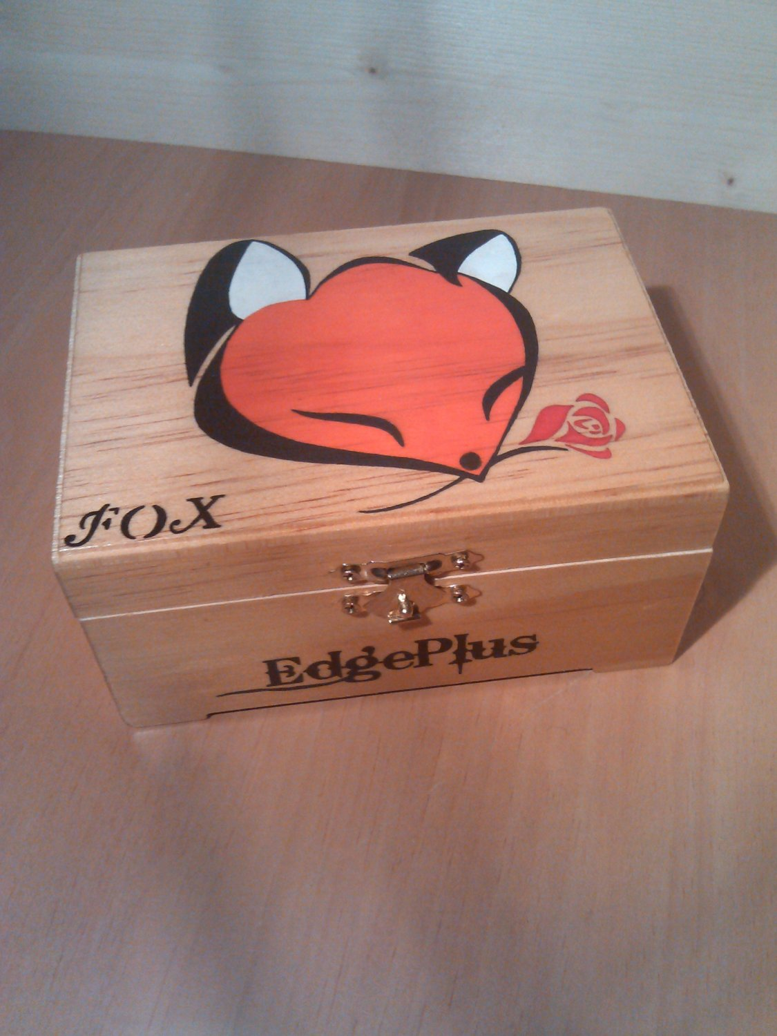 "rare collectible "" fox with rose 3 "" trinket box, womens jewelry box, present, gift, vintage"