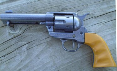 John Wayne Gun Six Shooter Replica 45 Cowboy Pistol Revolver Gun NON-FIRING PROP