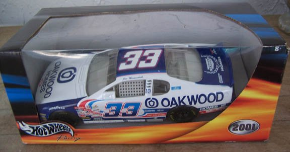2001 Hot Wheels NASCAR Joe Nemechek #33 Oakwood Homes