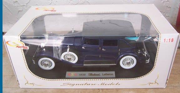 Signature Models 1930 Blue Packard LeBaron NEW 1:18