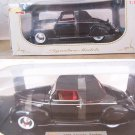 Signature Models 1939 Black Lincoln Zephyr 1:18 NEW