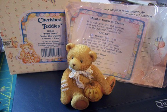 "Cherished Teddies #914843 Oscar ""Sweet Treats"" October Bear"
