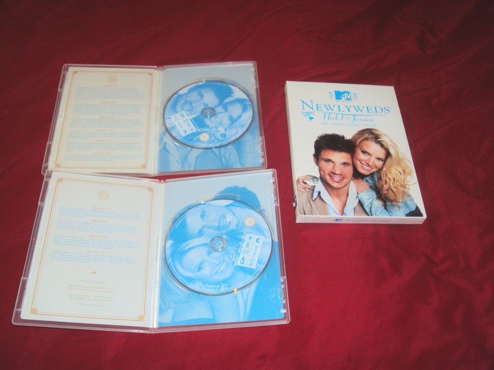 MTV NEWLYWEDS NICK & JESSICA THE COMPLETE FIRST SEASON DVD DISCS BOX ART & CASES