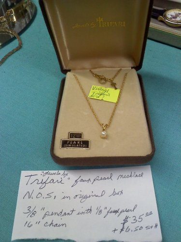 'Jewels by Trifari' vintage faux pearl necklace N.O.S. with original box