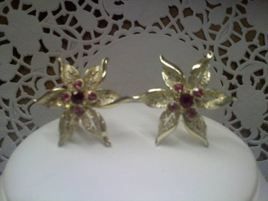 """Sarah Coventry vintage clip earrings """"Fashion Flower"""" in goldtone 1968"""
