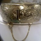 Coro Pegasus clamper cuff style 1940's vintage bracelet goldtone