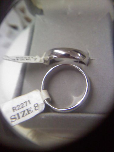 Jewelry store wedding band sample ring - silvertone size 7