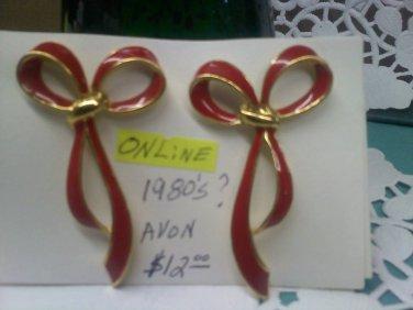 Avon red enamel graceful bow vintage pierced earrings on goldtone