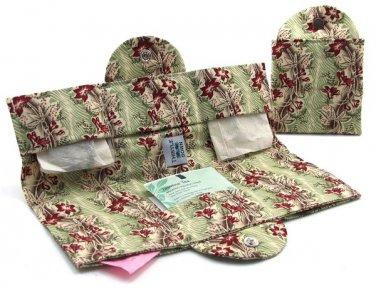 Sturbridge Mint Tea Wallet - Tea Carrier - Thistledown, USA