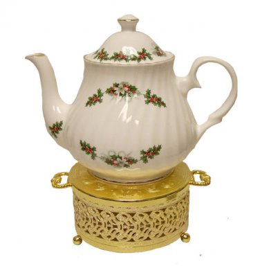 Holly Wreath 6 Cup Teapot-Berta Hedstrom English Bone China