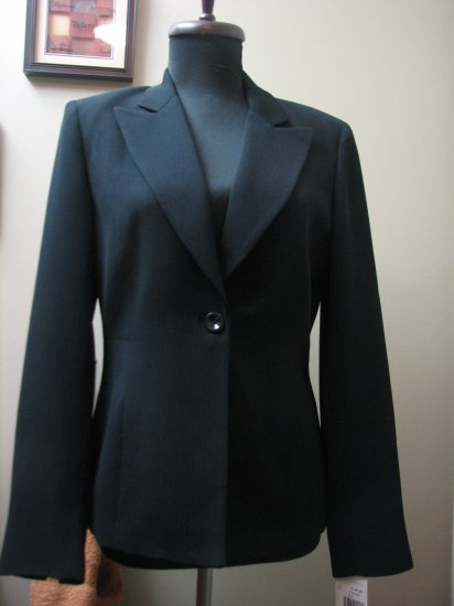 Gairfield & Marks Ladies Black Jacket